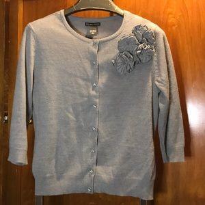 Flowered 3/4 sleeve sweater